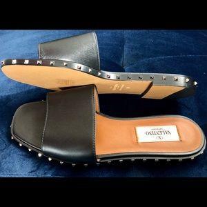 NWOT Valentino Soul Rockstud Leather Slides